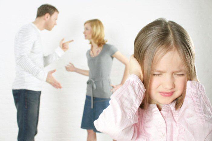 Ini Yang Dialami Anak Jika Orang Tua Bercerai Serba Serbi Radio