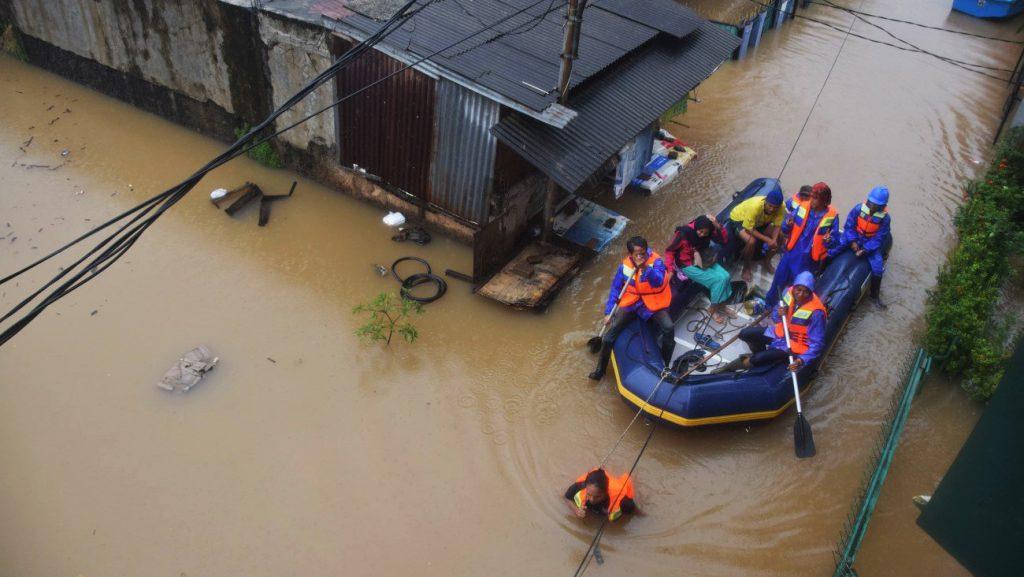 Saat Banjir, Ini yang Harus Anda Dilakukan