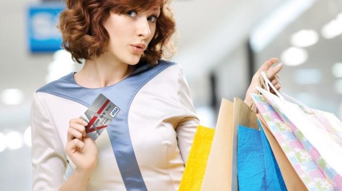 Tips Agar Nggak Boros Pakai Kartu Kredit Saat Lebaran