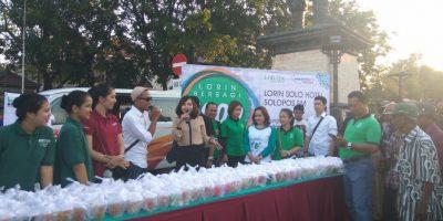 Lorin Solo Hotel Bagikan 1000 Takjil Gratis di Gladag