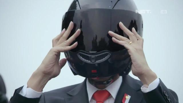 Helm Jokowi di Asian Games, Buatan Italia