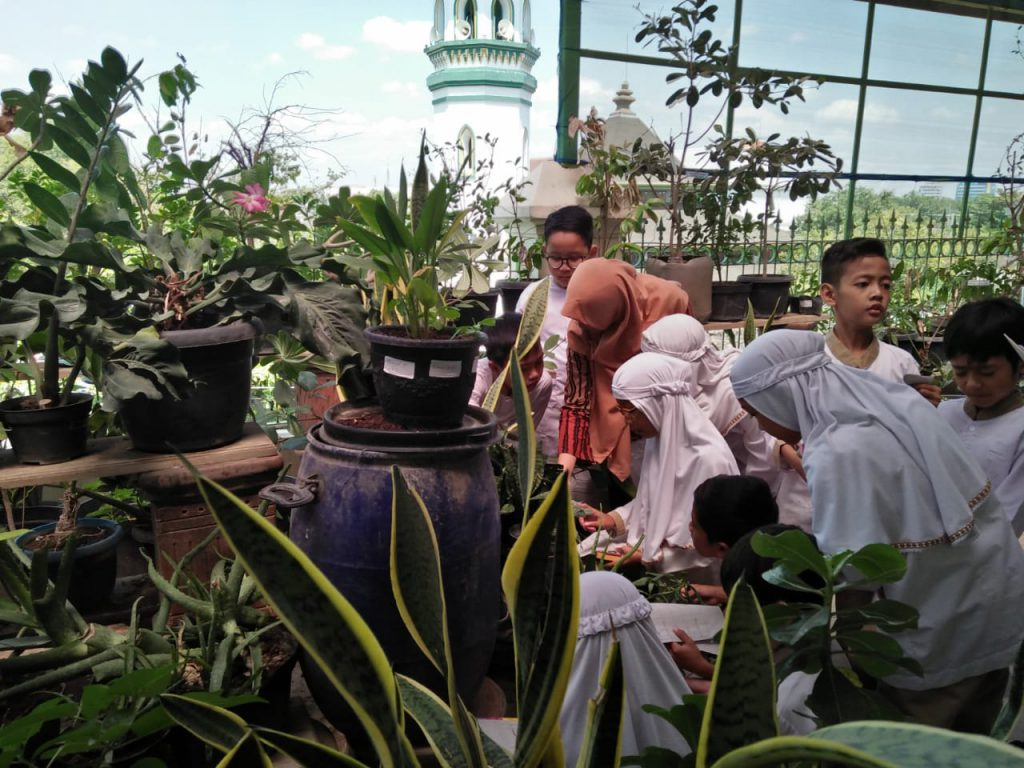 Harpelnas 2018, SD Muhammadiyah 1 Ketelan, Solo Berupaya Menumbuhkan Kepedulian Lingkungan