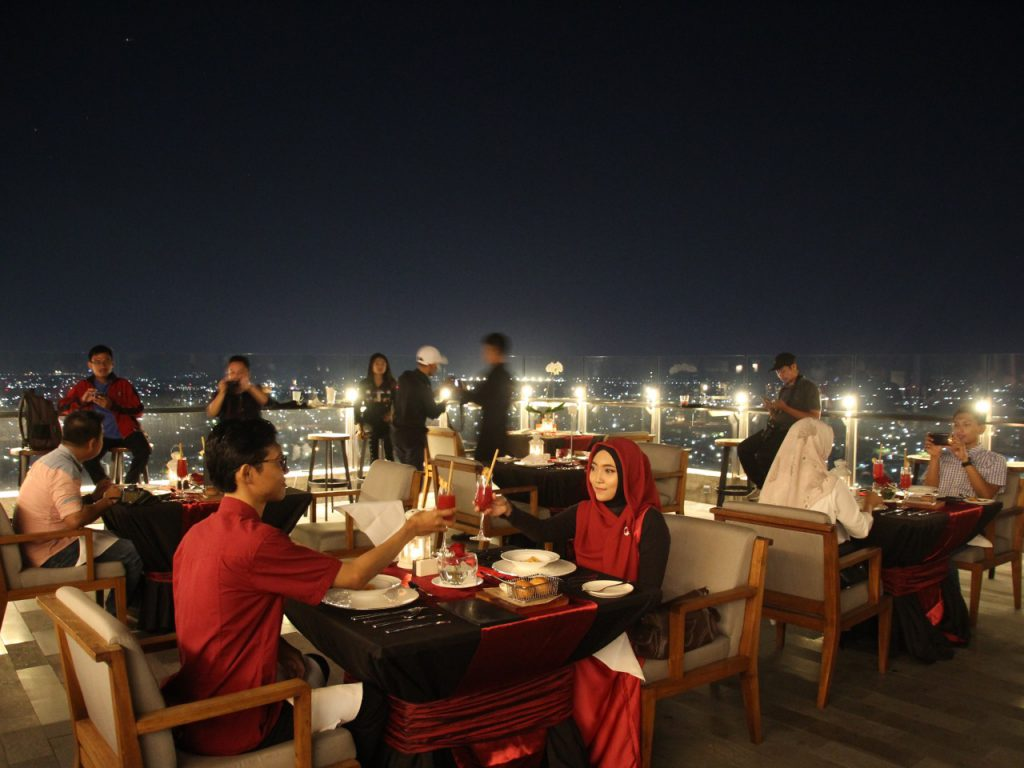 Agra Rooftop luncurkan paket Romance In The Sky