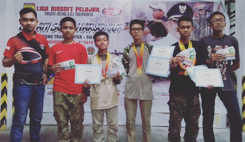 Tim Airsoft Gun SMP Islam Al Abidin Juara Umum