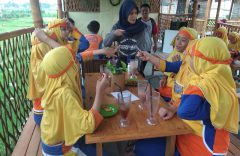 Holiday English Program SD Muhammadiyah PK Kottabarat Solo