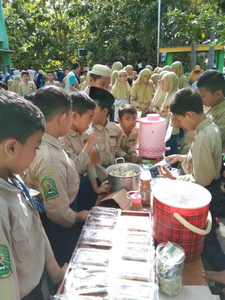 Market Day SD Muhammadiyah PK Pracimantoro, Tanamkan Jiwa Kewirausahaan Sejak Dini
