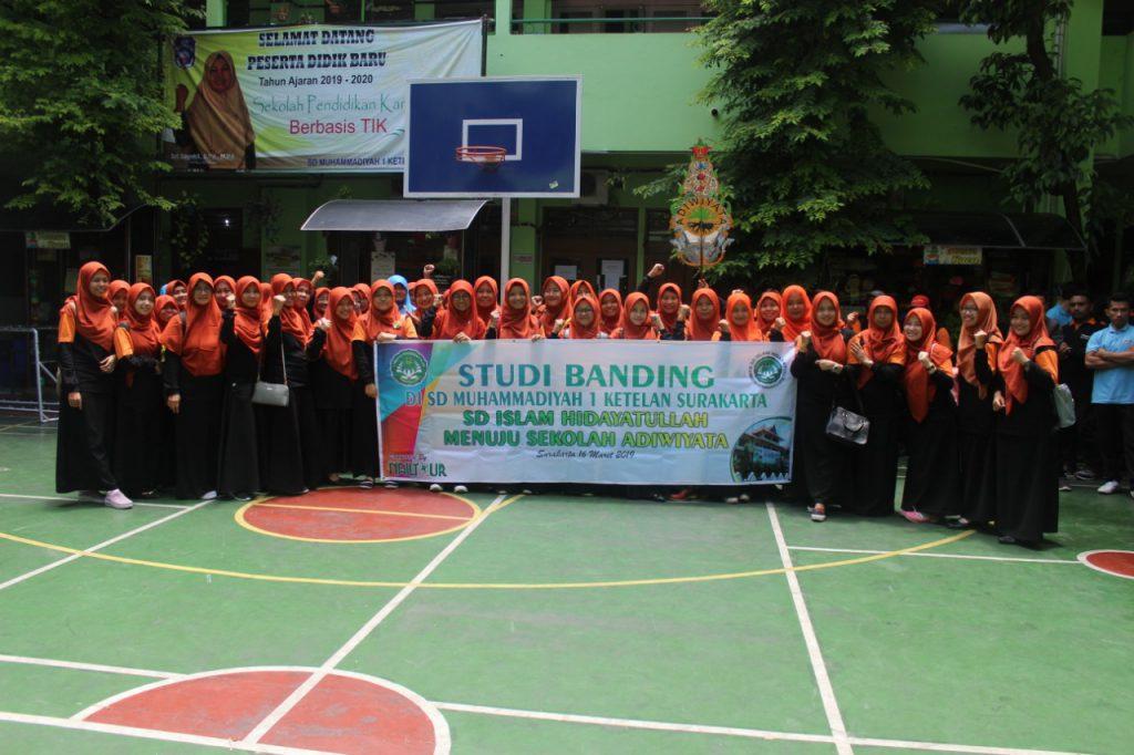 SD Islam Hidayatullah Banyumanik Pelajari Sekolah Adiwiyata dari  SD Muhammadiyah 1 Ketelan Solo
