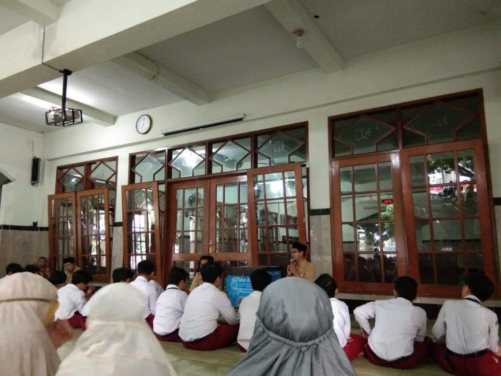 Latihan USBN SD Muhammadiyah PK Kottabarat Solo Diawali Salat Duha dan Doa Bersama