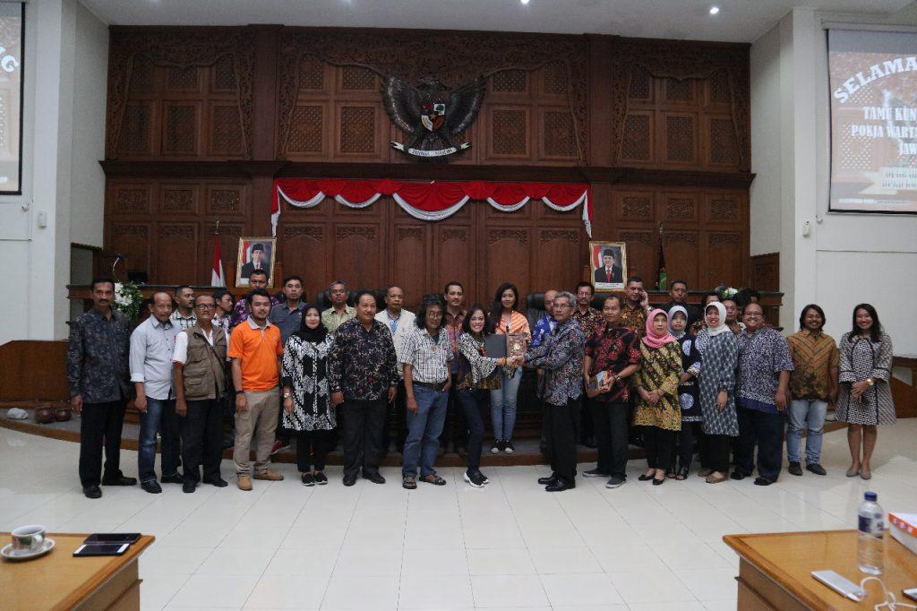 DPRD Kota Solo Terima Studi Banding wartawan Pokja DPRD Provinsi Jawa Timur