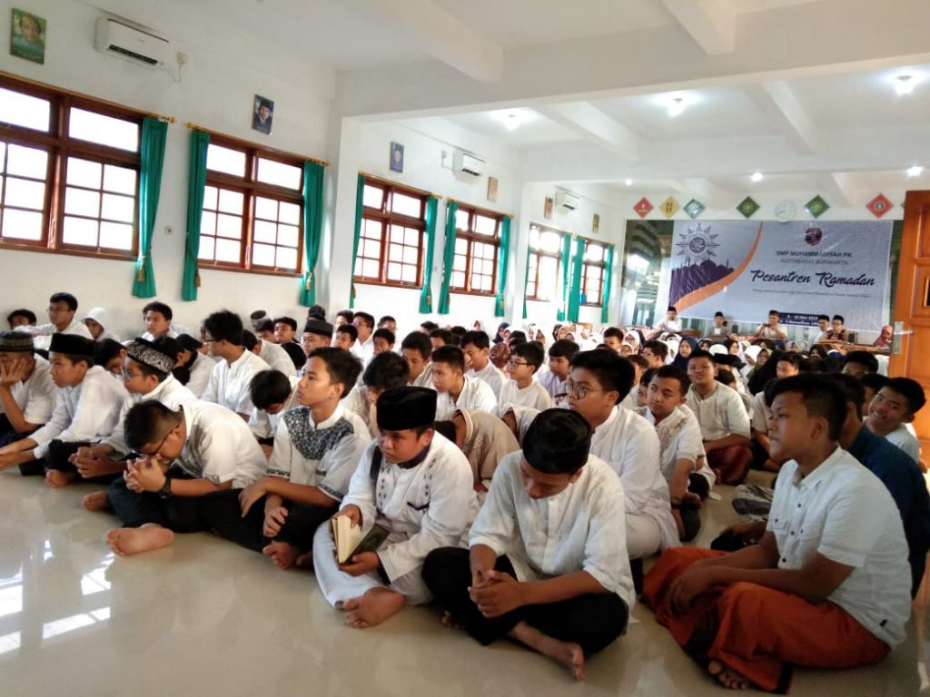 SMP Muhammadiyah PK Solo Bangun Semangat Kebaikan Lewat Lomba