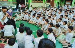 Peringati Nuzulul Quran, SD Muhammadiyah 1 Solo, Gelar Parade Dongeng Kebaikan dan Ajarkan Kepedulian