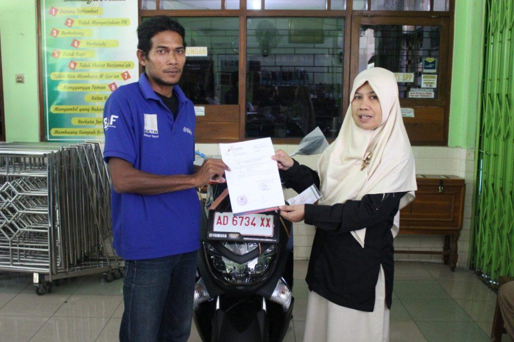 Tak Disangka, SD Muhammadiyah 1 Ketelan Raih Hadiah Yamaha N-Max Dari Bank Jateng