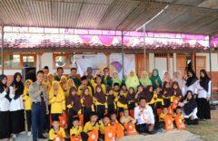 Milad ke 84, SD Muhammadiyah 1 Ketelan Gelar Baksos Di Jambangan, Sragen