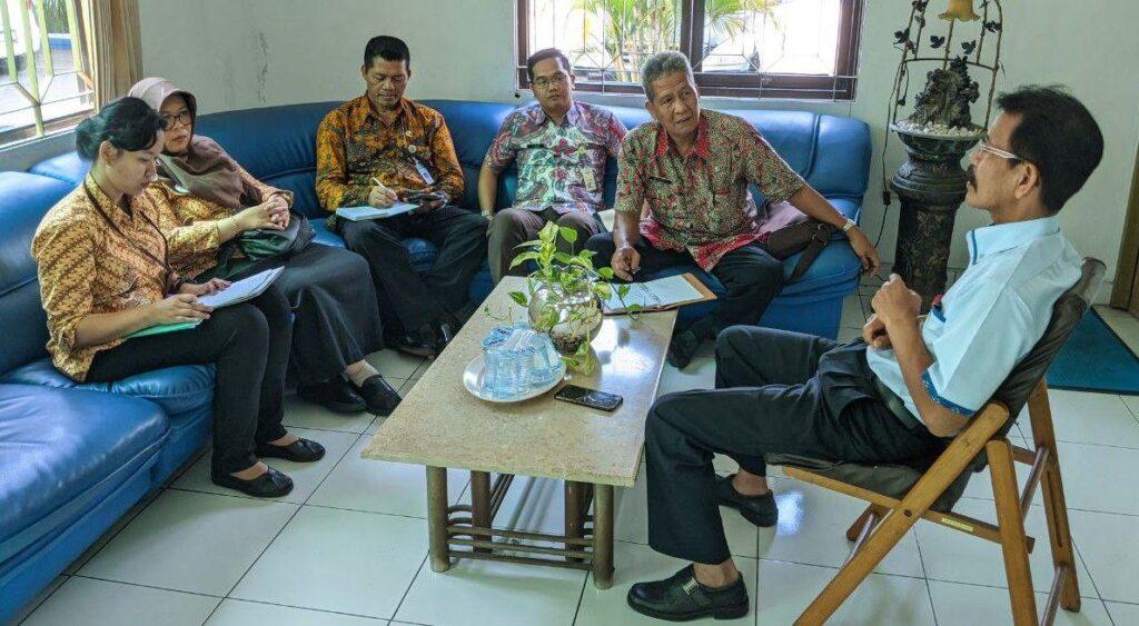 Tingkatkan Kepatuhan Program JKN-KIS, Anggota Forum Kepatuhan Kunjungi Badan Usaha