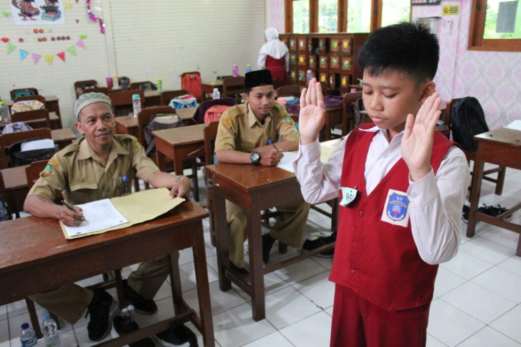 Mantapkan Karakter Islami, Ratusan Siswa Sekolah Dasar Muhammadiyah 1 Ketelan Solo Jalani Ujian Agama Islam
