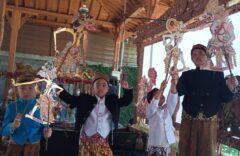 "Kwartet Dalang Milenial SD Muhammadiyah 1 Ketelan Filmkan Lakon ""Sang Hanuman"""