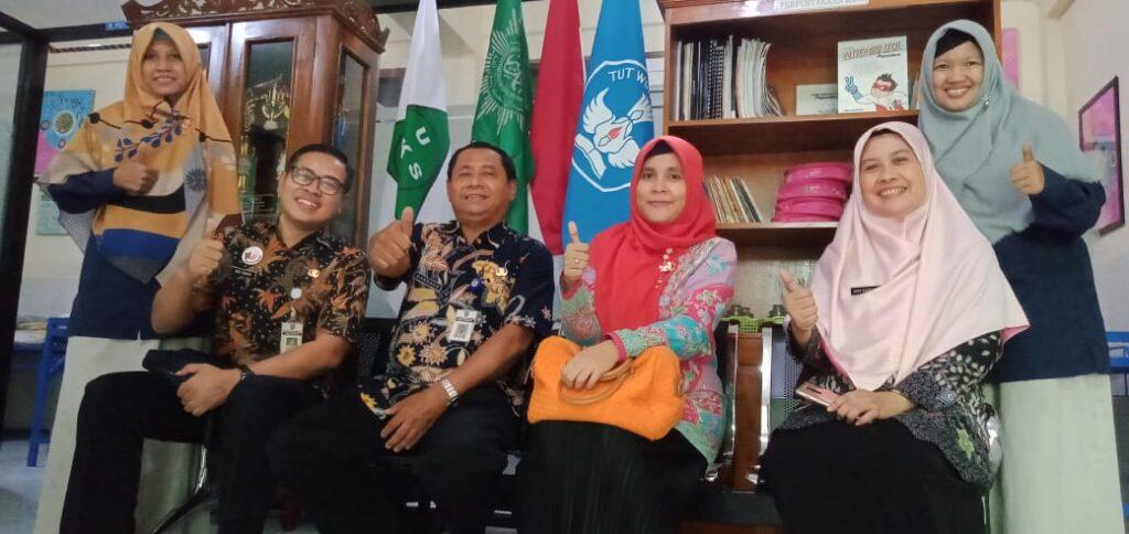 Dukungan Bagi SD Muhammadiyah 1 Ketelan Solo Menuju Sekolah Sehat Nasional