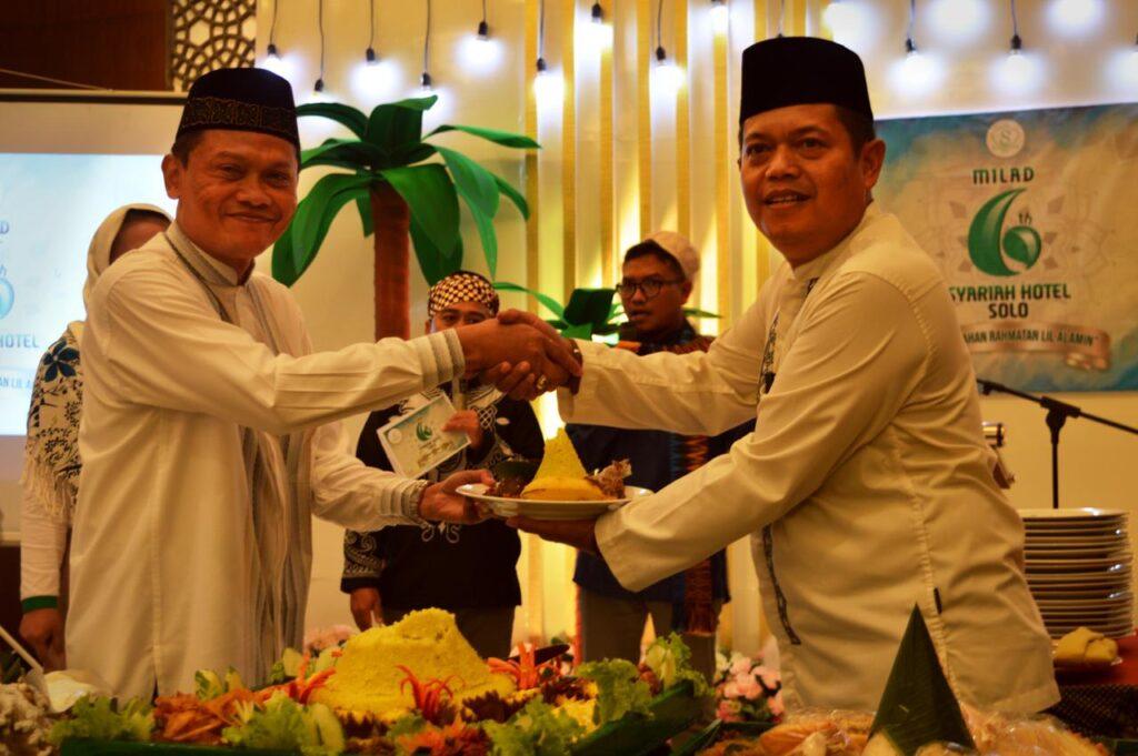 "Milad 6 Syariah Hotel Solo : ""Berkomitmen menjadi The Best Moslem Friendly Hotel in Indonesia"""