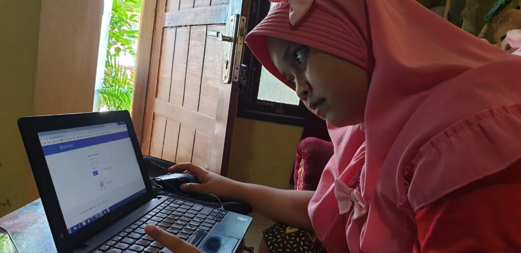 651 Siswa SD Muhammadiyah 1 Ketelan Solo Lakukan EAT Secara Daring