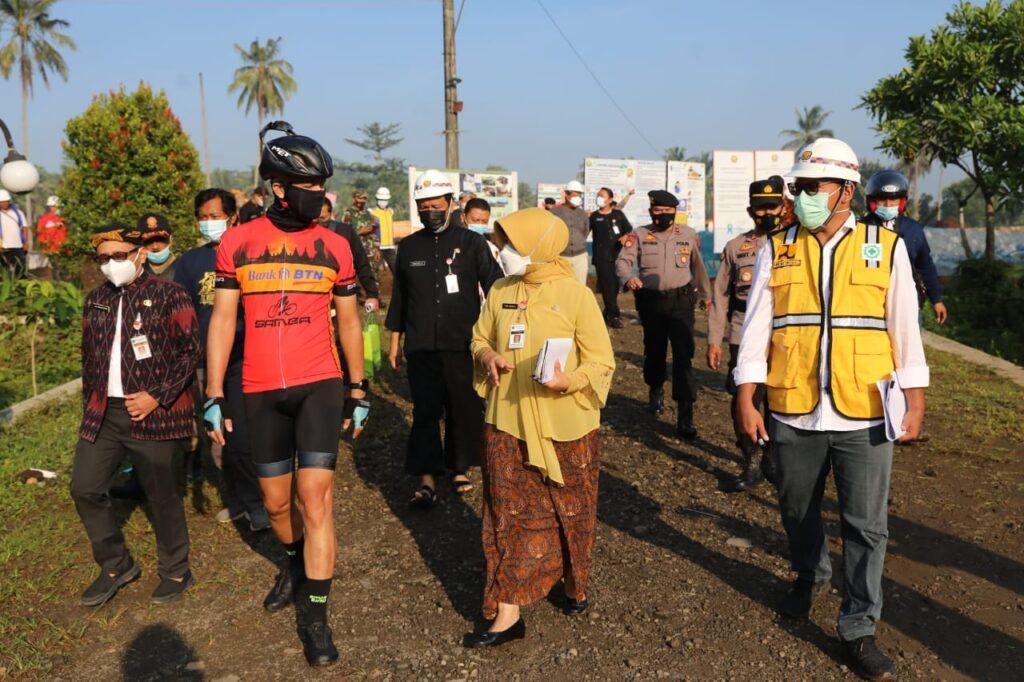 Ganjar Jadi Mandor, Keliling Borobudur Cek Proyek Langsung Tangani Masalah